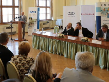 Government aids MOL, Audi and University of Szeged R&D partnership with HUF 4 bln