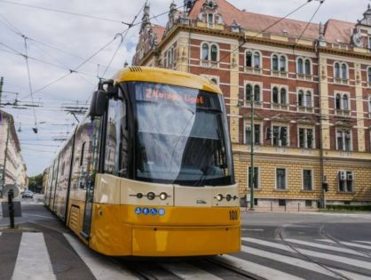Pesa villamosok Szegeden: valóban Uniós kötöttpályás közlekedés