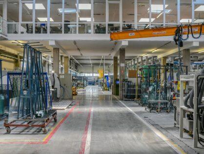 Több milliárd forintos beruházás a szegedi alapítású CE Glass-nél